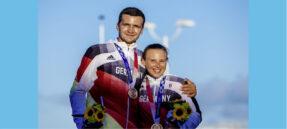 Glückliche Bronze-Gewinner: Paul Kohlhoff und Alica Stuhlemmer (Foto© Sailing Energy)